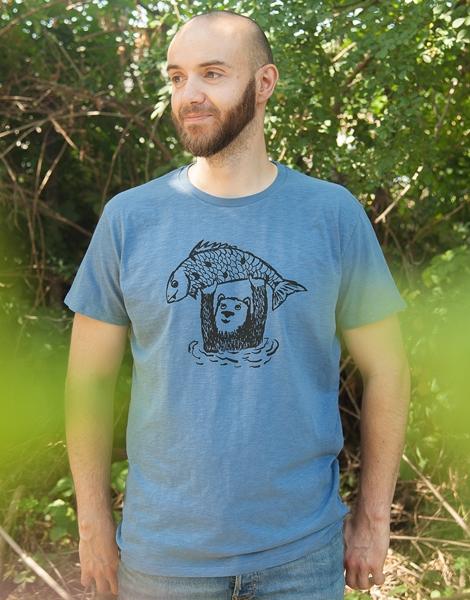 Björn der Bär & Fido der Fisch - Fair gehandeltes Männer T-Shirt - Slub Blue