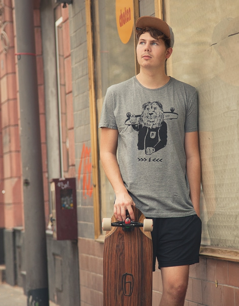 Leo Longboard - Fair Wear Männer T-Shirt - Heather Grey