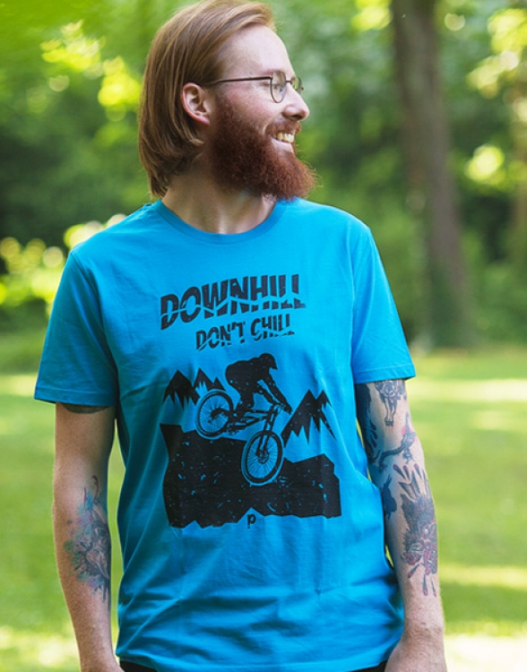 Downhill don't chill - Fair Wear Männer T-Shirt - Azur